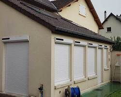 Volets roulants solaires - Mantes-la-jolie - STB l'Espace Fenêtre